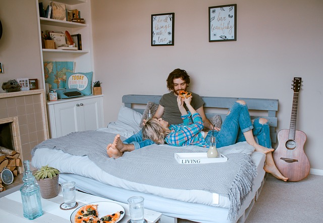 Správně umístěná postel = harmonické partnerství